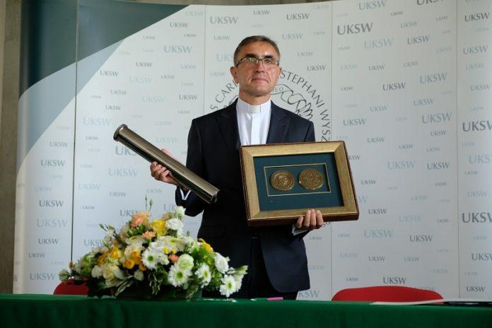 rektor ks. prof. Stanisław Dziekoński