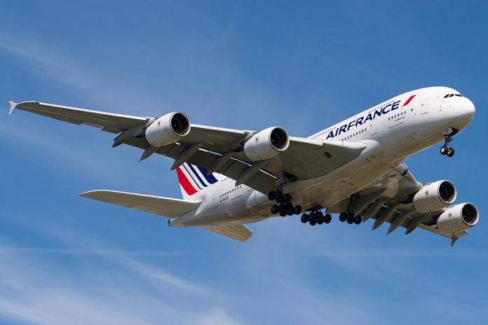 Ograniczono loty międzynarodowe