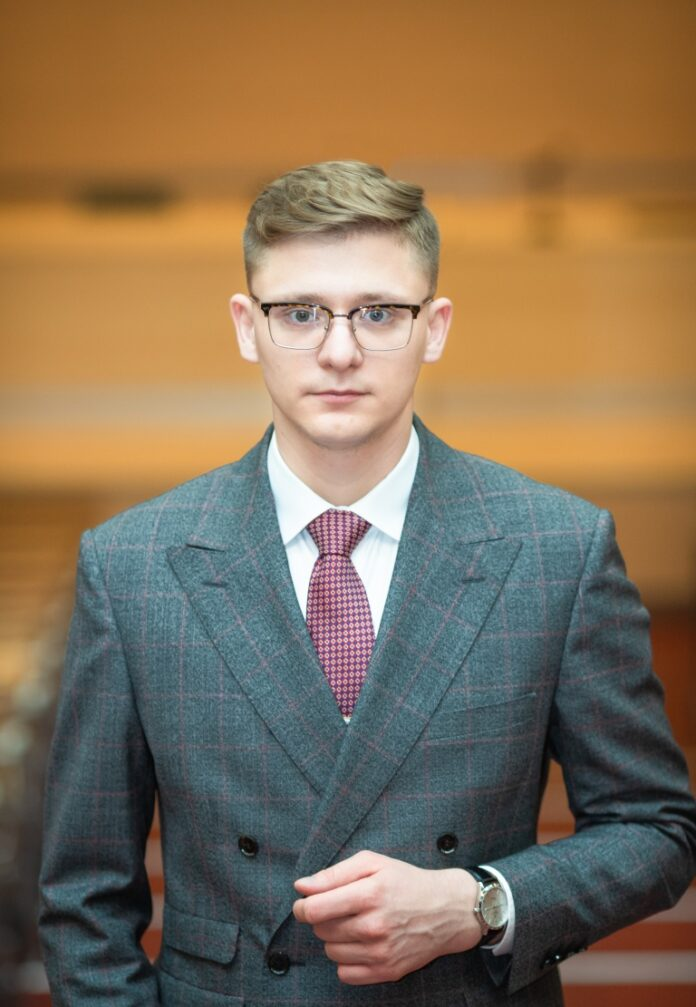 dr Marcin Kraśniewski