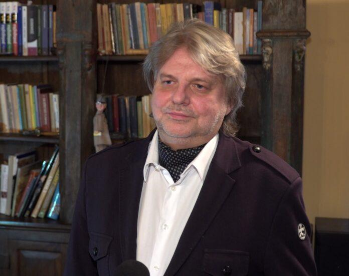 dr Jarosław Frąckowiak