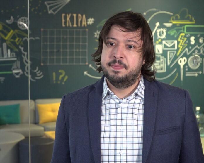 dr Alksander Streltsov