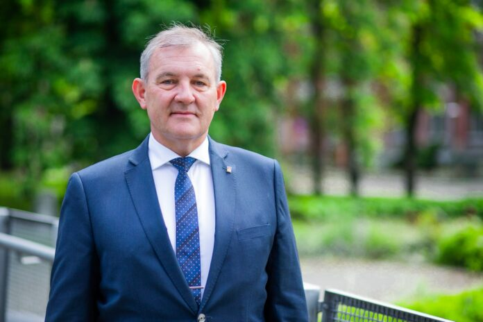 prof. Krzysztof Jóźwik
