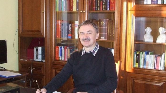 prof. Piotr Tutka