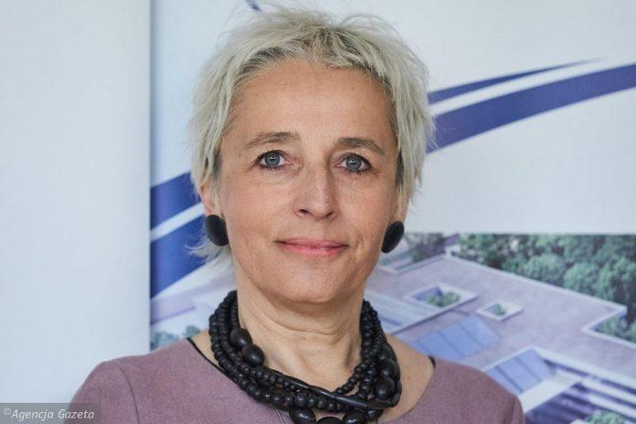 dr Elżbieta Senkus Konefka